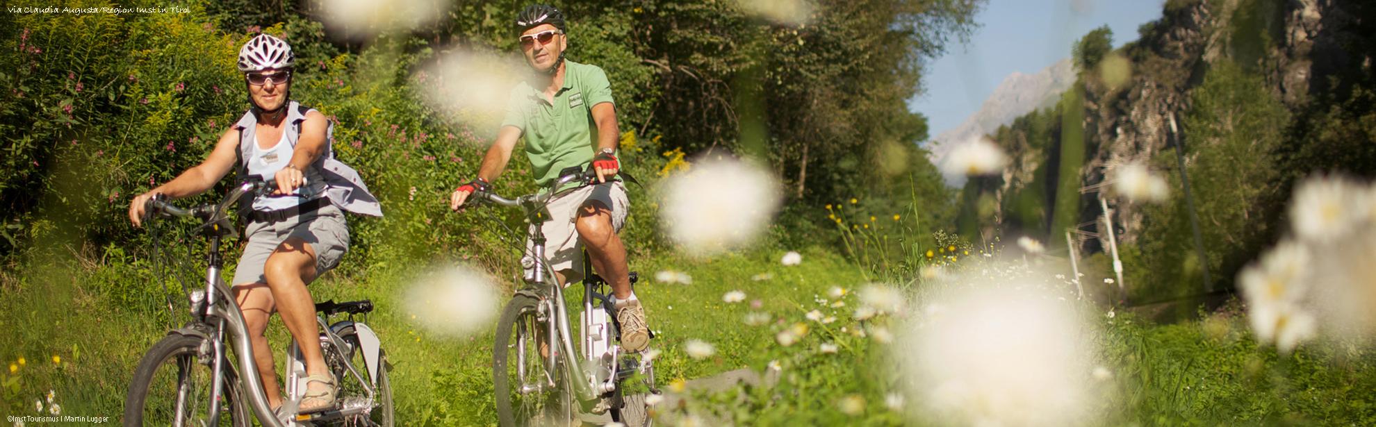 OklassImst-Tourismus_martinlugger.com_Region-Imst_ebike_sommer_imst
